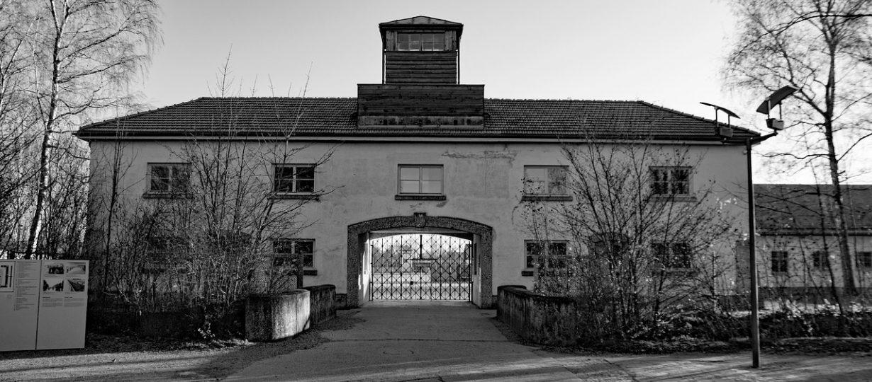 Bavaria Safari Hotel Dachau Eingang Konzentrationslager Dachau